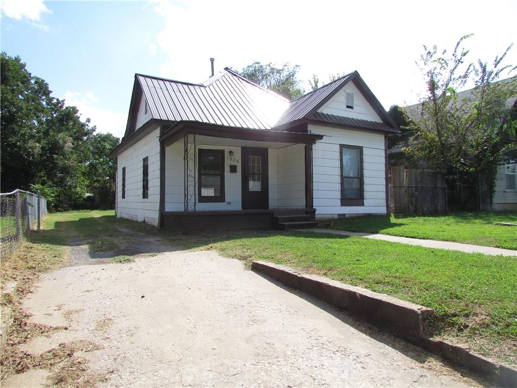 Photo of 1325 E Main  Shawnee  OK