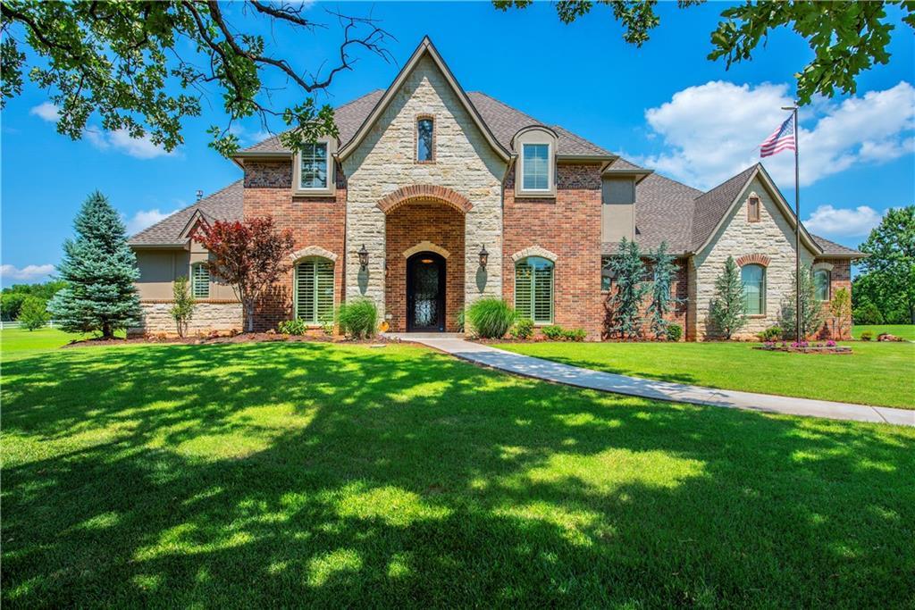 1251 Wandering Oaks Lane, Norman, Oklahoma