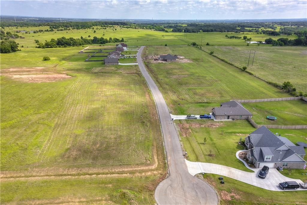 primary photo for 11564 Carefree Lane, Shawnee, OK 74804, US