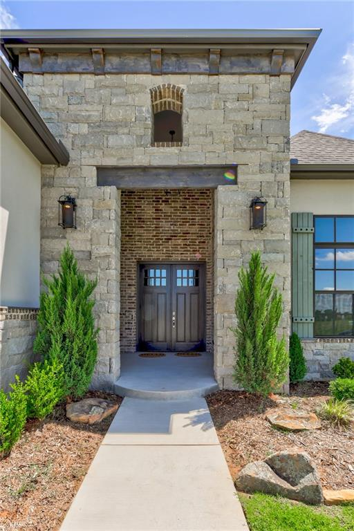 One of Norman 4 Bedroom Homes for Sale at 4700 Las Colinas Lane