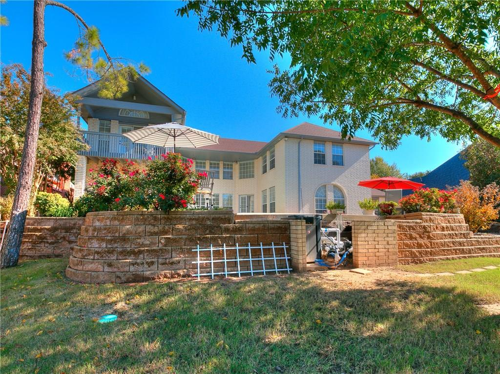 4725 Lake Front Dr, Norman in McClain County, OK 73072 Home for Sale