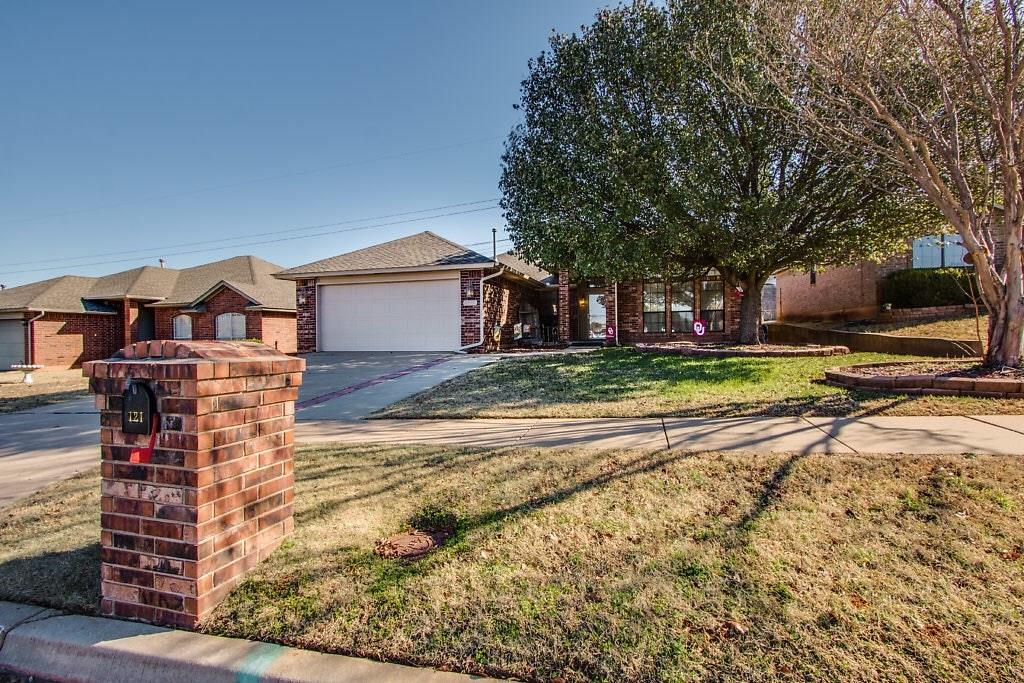 121 Sandstone, Norman in Cleveland County, OK 73071 Home for Sale
