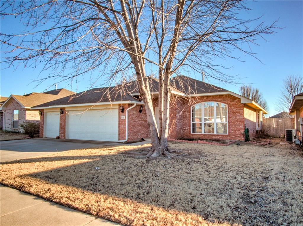 1116 Sparrow Hawk Drive, Norman in Cleveland County, OK 73072 Home for Sale
