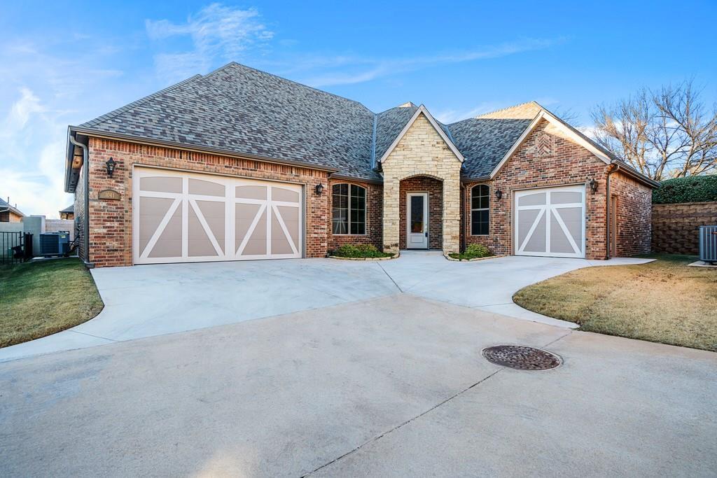 1041 Villas Creek Drive, Edmond, Oklahoma