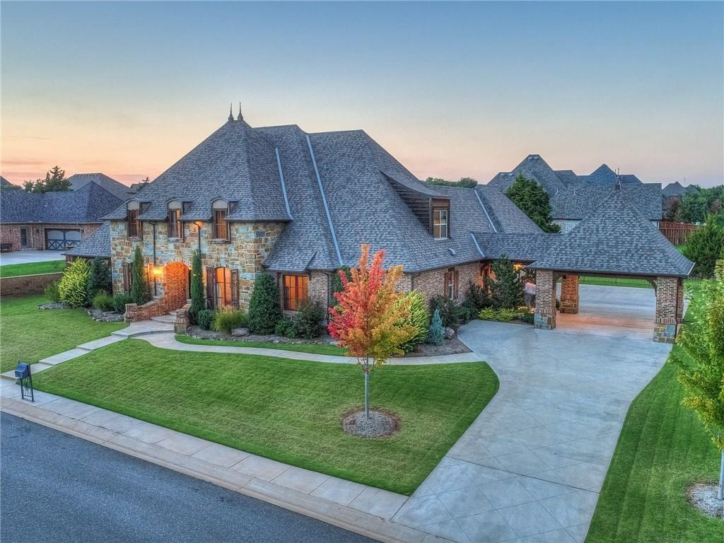 2401 Ranch House Road, Edmond, Oklahoma