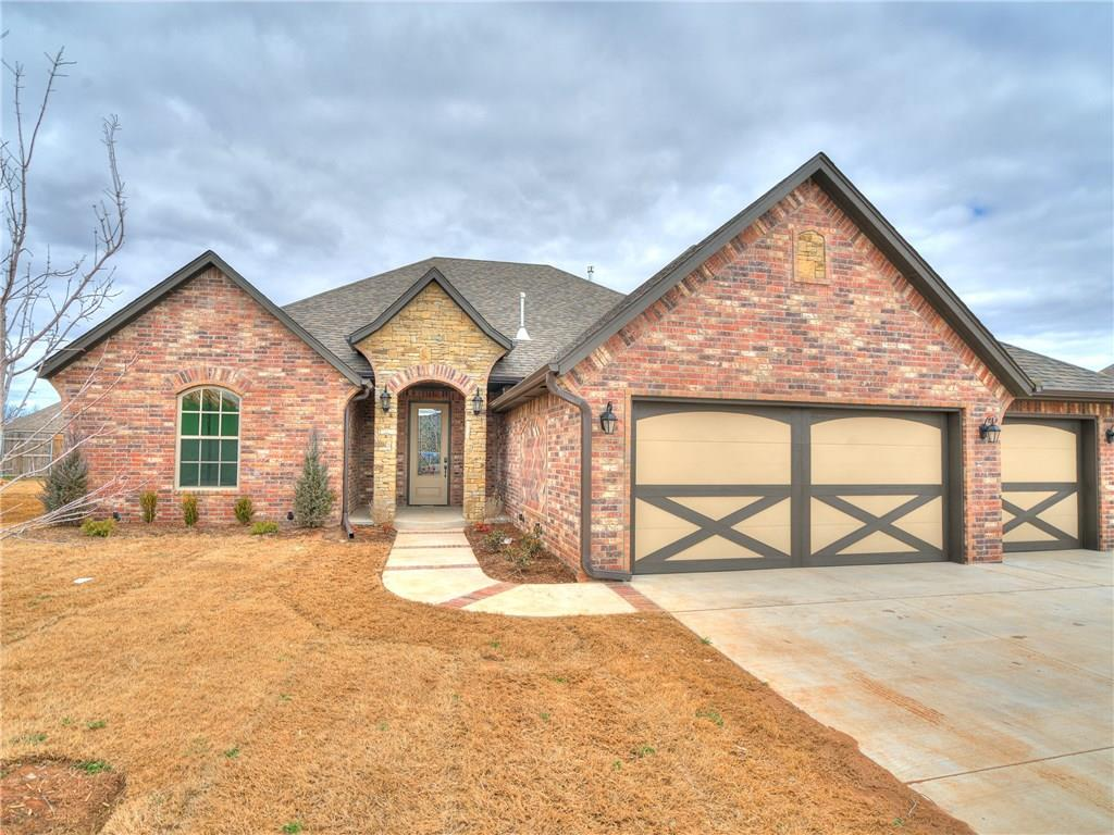 One of Oklahoma City West 4 Bedroom Homes for Sale at 8601 NW 110th Street