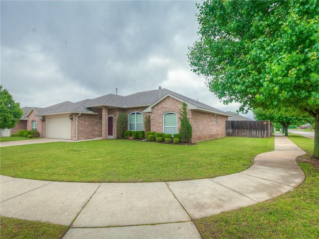 8012 John Robert Drive, Oklahoma City Southeast, Oklahoma