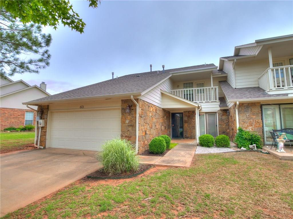 613 Doe Trail, one of homes for sale in Edmond