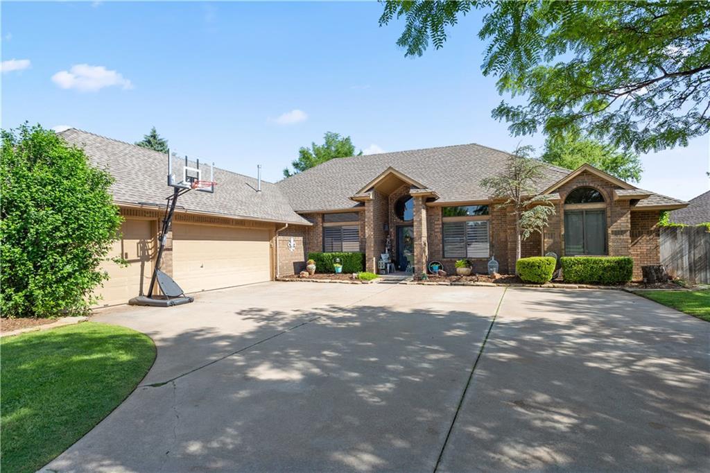 5605 Whitehall Boulevard, Oklahoma City NW in Oklahoma County, OK 73162 Home for Sale