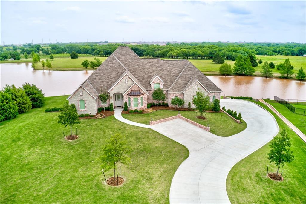 15900 Oaklawn Court, Edmond, Oklahoma