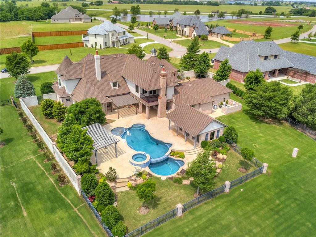 21730 Villagio Drive, Edmond, Oklahoma