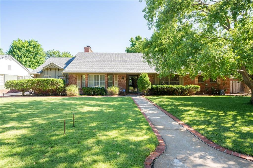 One of Oklahoma City NW 3 Bedroom Homes for Sale at 1417 westchester Drive