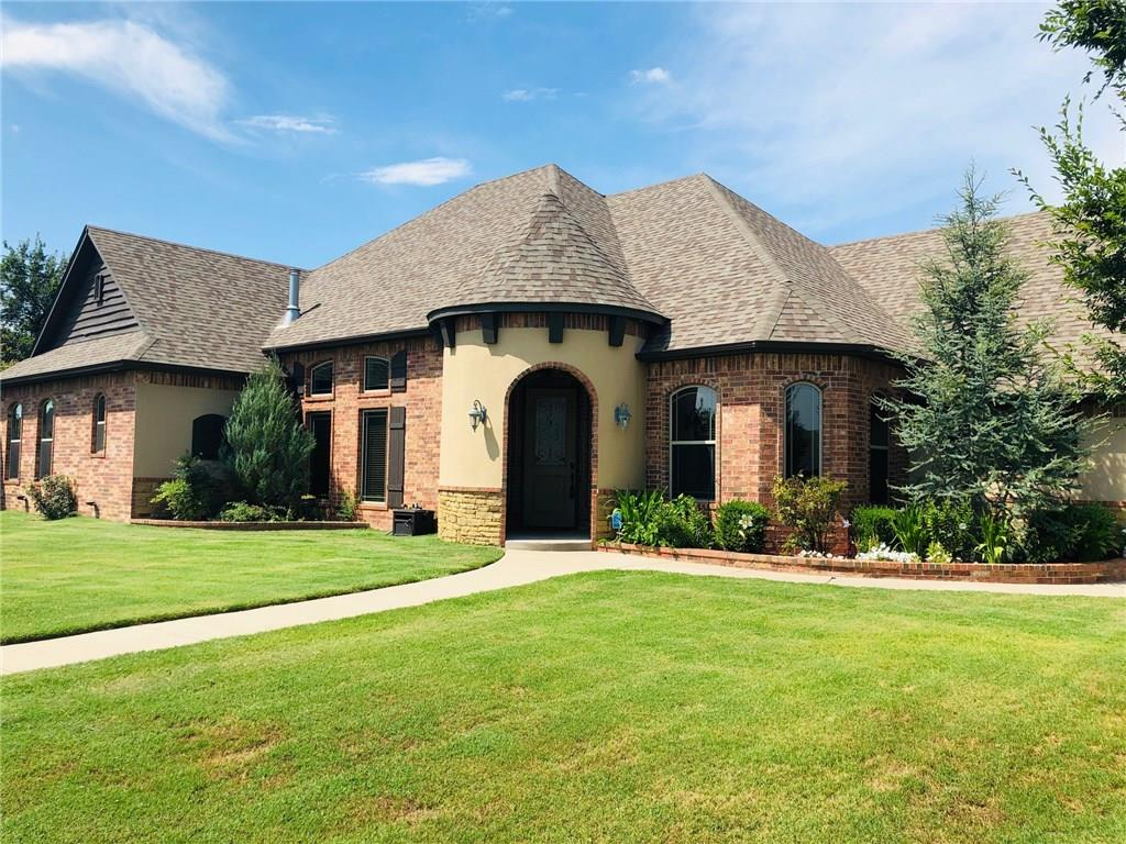 One of Oklahoma City Southwest 4 Bedroom Homes for Sale at 8700 SW 59th Terrace