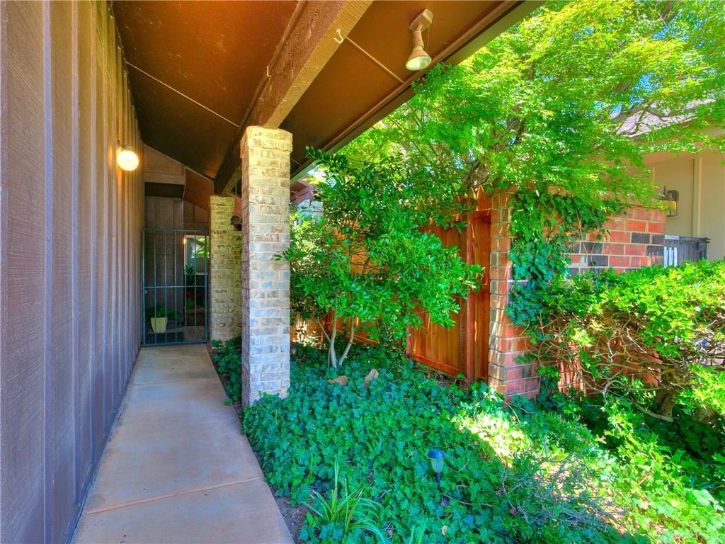 12117 Cliff Rose Drive, Oklahoma City West, Oklahoma