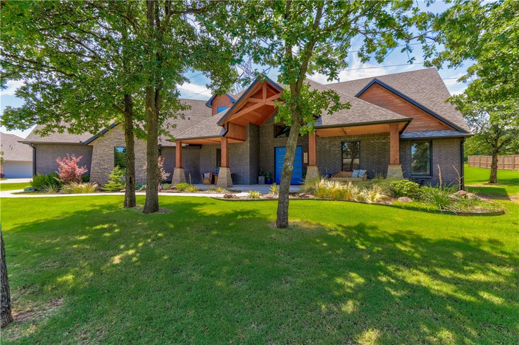 One of Edmond 5 Bedroom Homes for Sale at 1010 Ascot