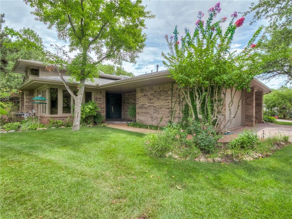 6136 Stonegate Place, one of homes for sale in Edmond