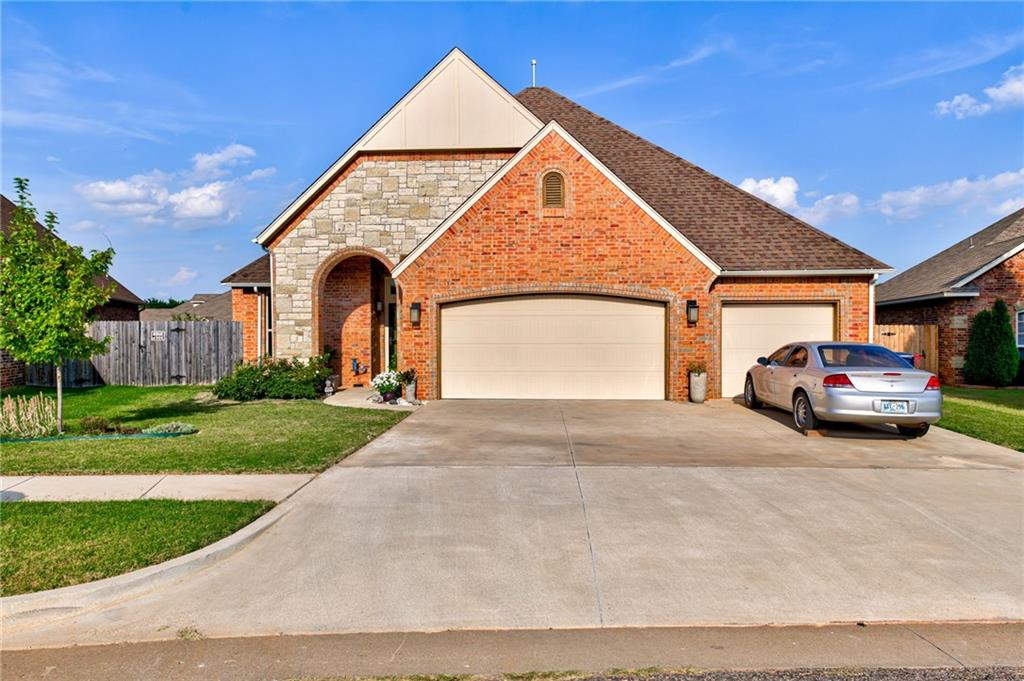 One of Oklahoma City Southwest 4 Bedroom Homes for Sale at 5332 Starling Way