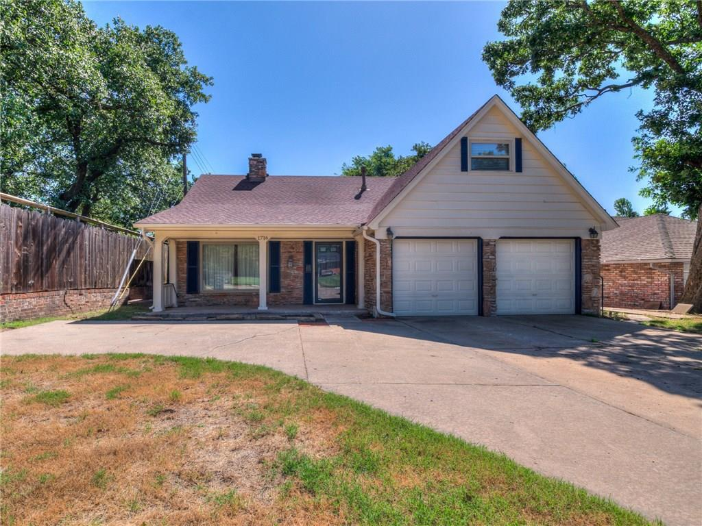 One of Oklahoma City West 5 Bedroom Homes for Sale at 1716 N Rolling Ridge