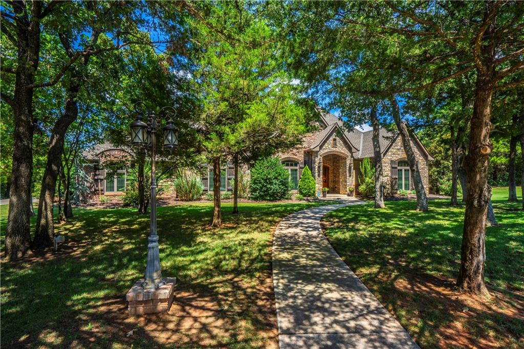 7811 Redbud Creek Drive, Edmond, Oklahoma