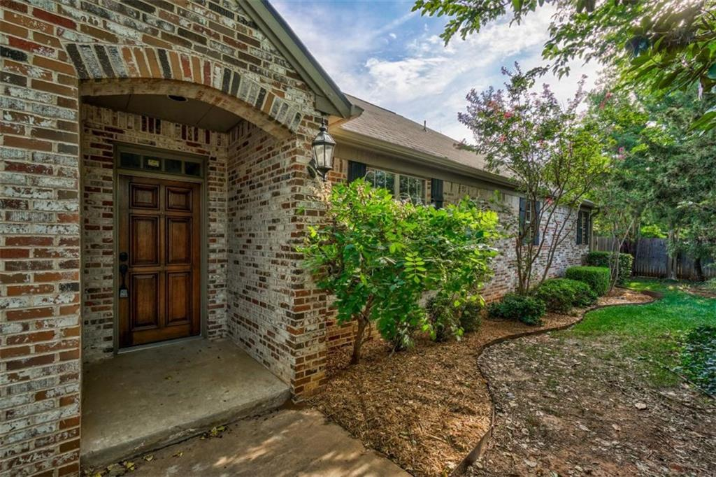 11304 Springhollow Road, Lake Hefner, Oklahoma