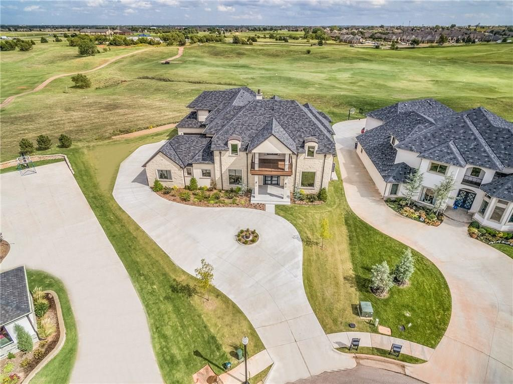 17812 Blue Heron Court, Edmond, Oklahoma