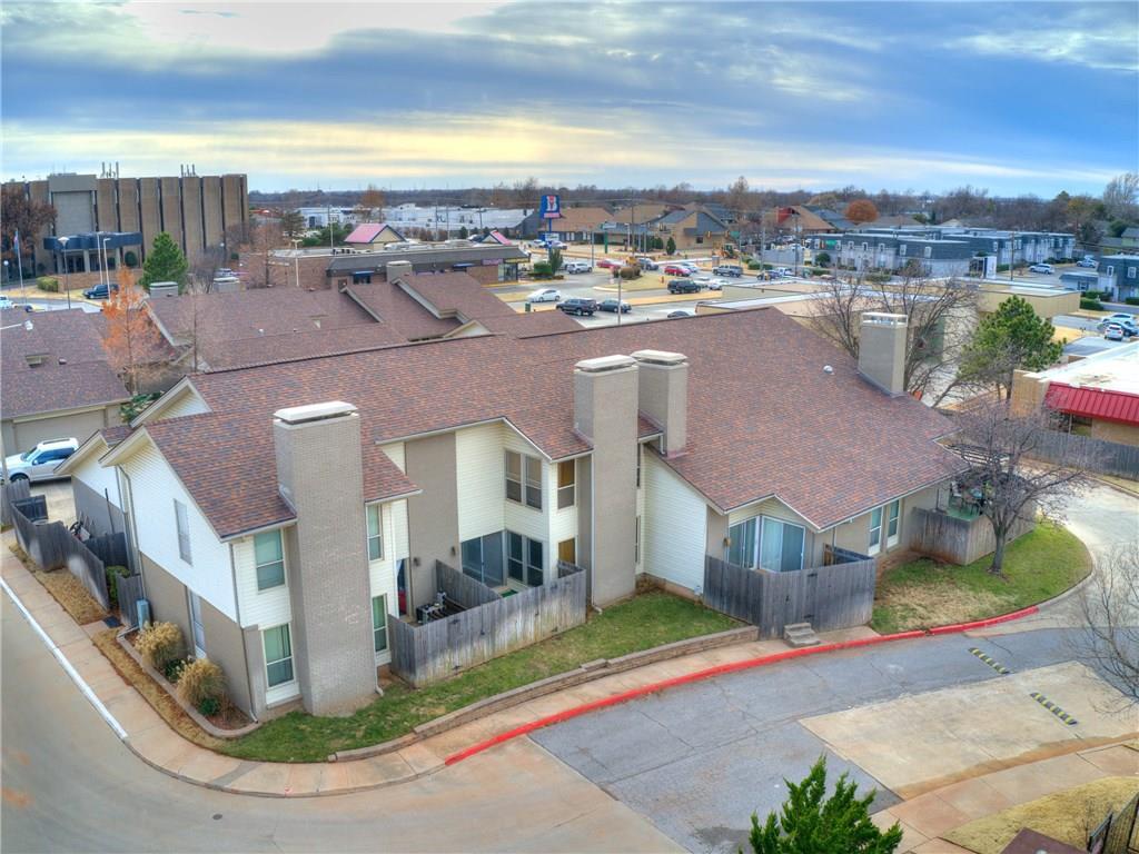 11305 Benttree Circle, Lake Hefner, Oklahoma