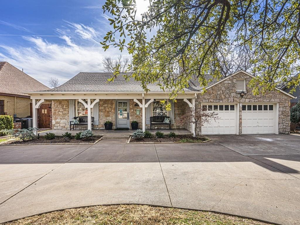 One of Oklahoma City NW 3 Bedroom Homes for Sale at 1710 Windsor Place