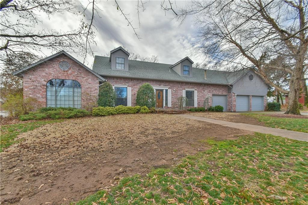 10400 SE 55th Street, one of homes for sale in Oklahoma City Southeast