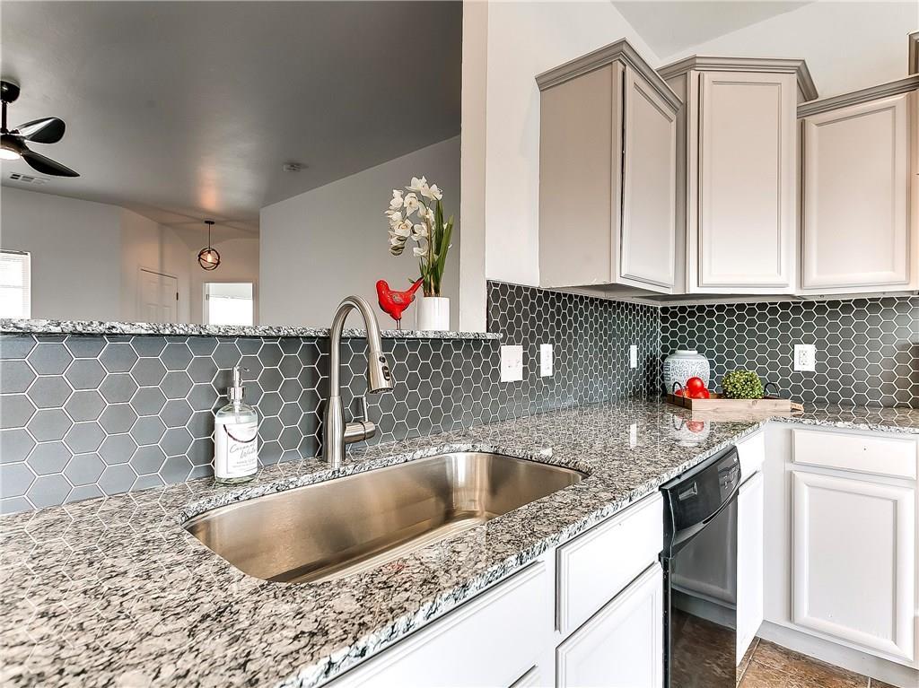4813 Hunter Boulevard, Oklahoma City Southwest in Oklahoma County, OK 73179 Home for Sale