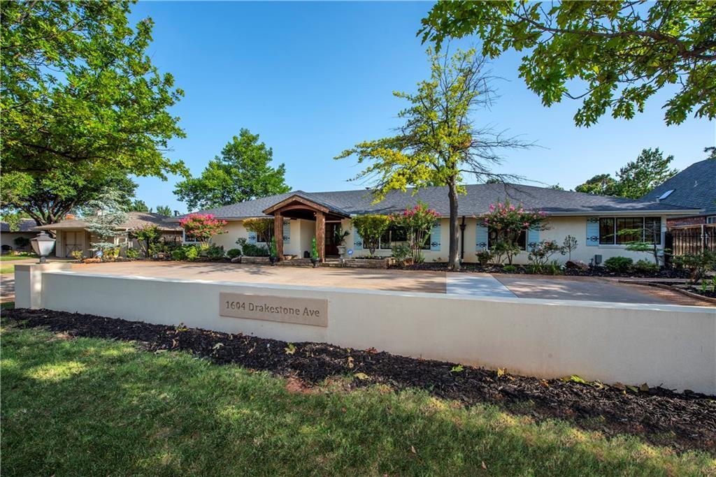 1604 Drakestone Avenue, Lake Hefner, Oklahoma