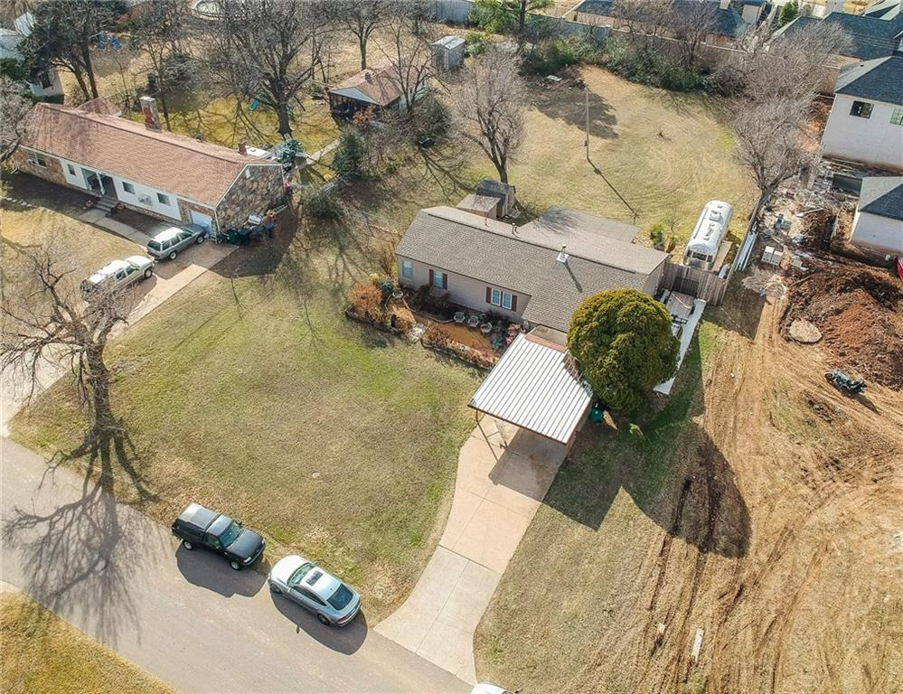 8509 Surrey Place, one of homes for sale in Oklahoma City NW