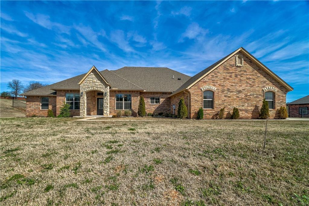 7816 Jesse Trail, Oklahoma City Southeast, Oklahoma 4 Bedroom as one of Homes & Land Real Estate