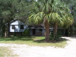 2 acres in Bronson, Florida