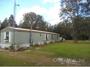 2.5 acres in Bronson, Florida