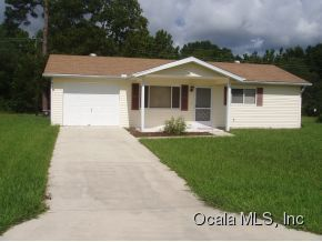 Rental Homes for Rent, ListingId:26088290, location: 11200 SW 79 TERR Ocala 34481