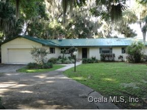 Single Family Home for Sale, ListingId:28798883, location: 13200 E HWY 25 Ocklawaha 32179