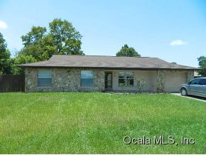 Rental Homes for Rent, ListingId:29505883, location: 8840 SE 90 AVENUE RD Ocala 34472