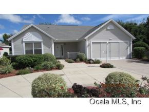 Featured Property in LADY LAKE, FL, 32159