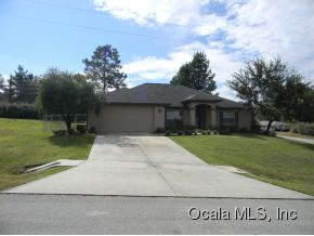 Featured Property in OCALA, FL, 34476