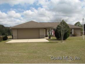 Featured Property in SUMMERFIELD, FL, 34491