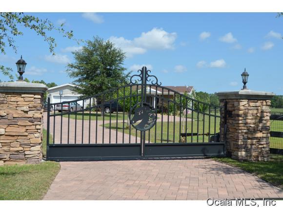 10.49 acres Williston, FL