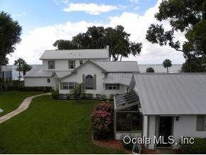 Single Family Home for Sale, ListingId:33699597, location: 12730 E HWY 25 Ocklawaha 32179