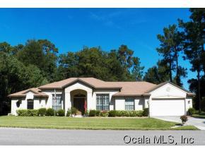 Single Family Home for Sale, ListingId:35333740, location: 11884 N BLUFF COVE PATH Dunnellon 34434