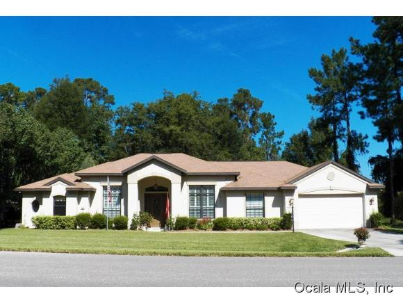 Single Family Home for Sale, ListingId:35333740, location: 11884 N BLUFF COVE PATH Dunnellon 34434