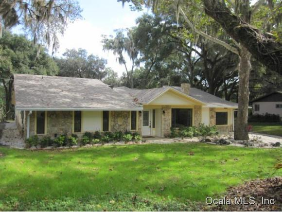 Single Family Home for Sale, ListingId:36008883, location: 11671 CAMP DRIVE Dunnellon 34432