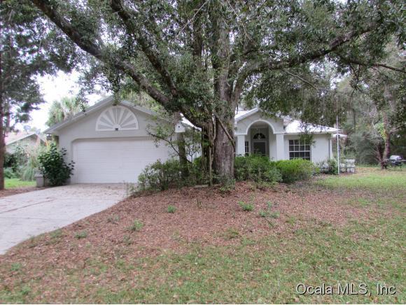 673 W Lightwood St, Citrus Springs, FL 34434