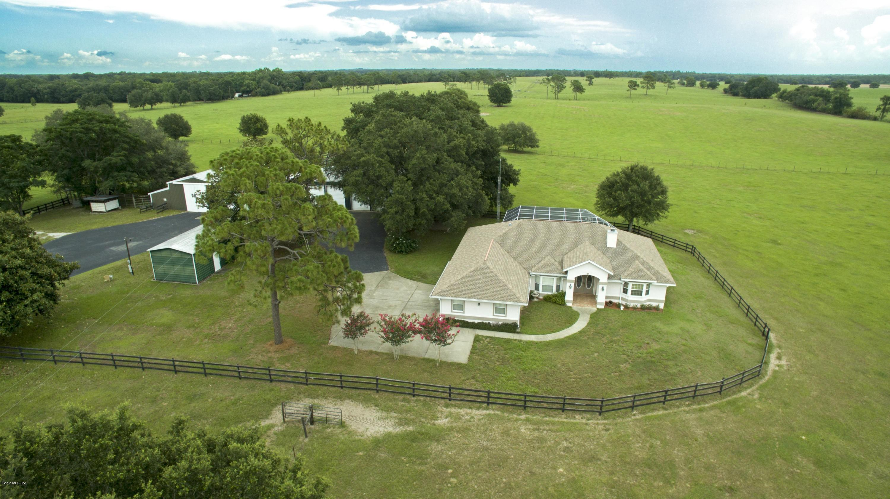 Image of Acreage w/House for Sale near Morriston, Florida, in Levy County: 110 acres