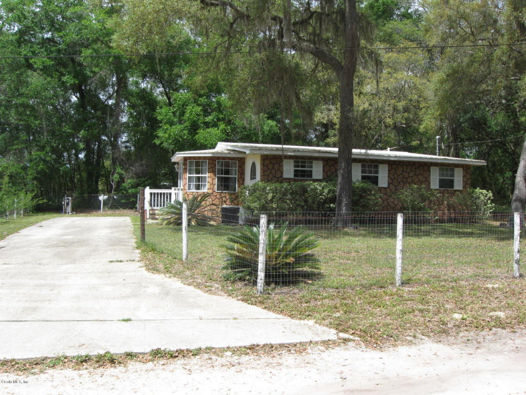 Photo of 19325 SE 92nd Street  Ocklawaha  FL