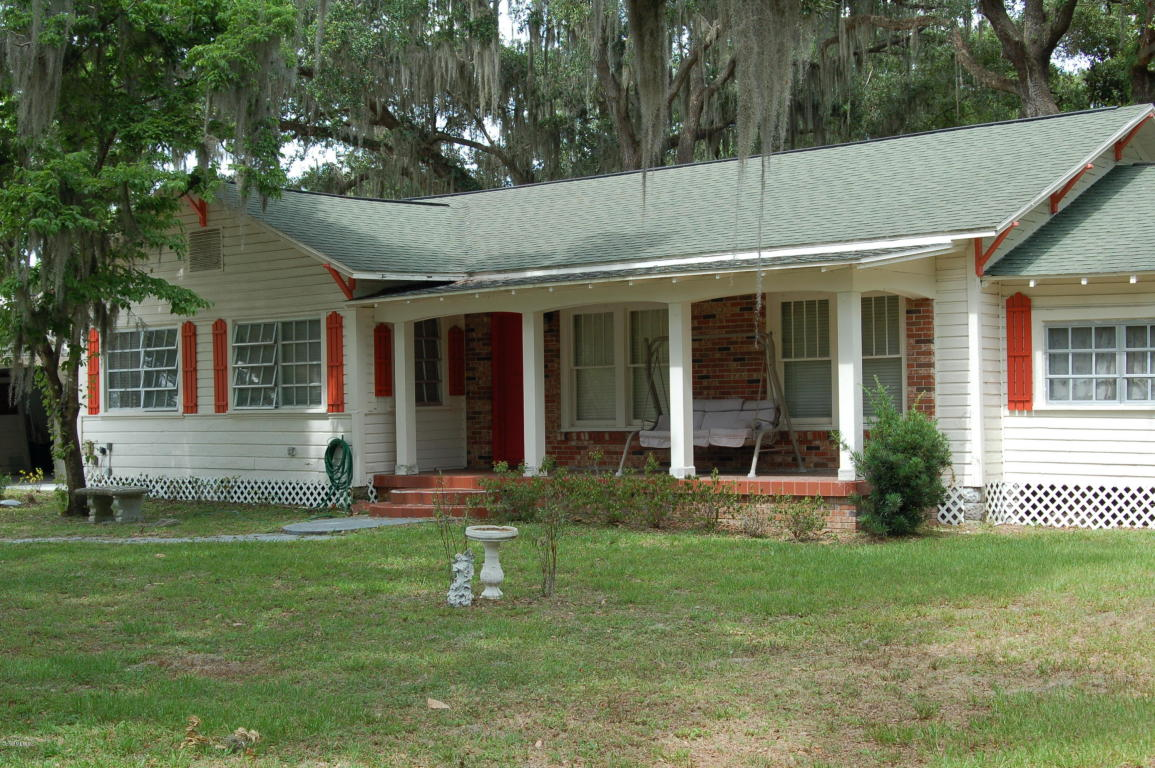 100 S Old Wire Rd, Wildwood, FL 34785