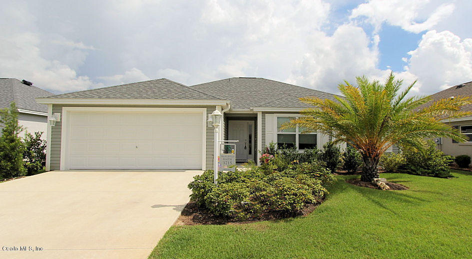 Photo of 3715 WATERLILY Avenue  The Villages  FL